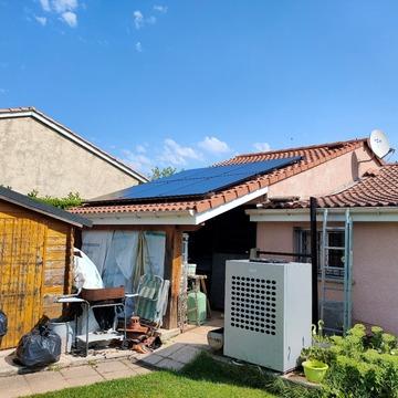 Pose de panneaux photovoltaïques à Muret
